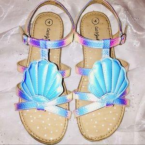Girls' Hardly Worn Sea Shell Sandals